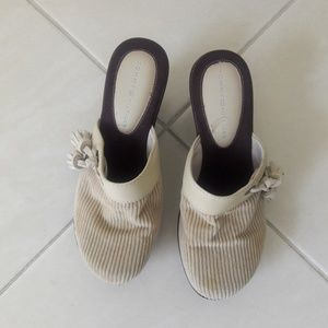 Tommy Cream Closed Toe Brown Wedge Sandals Size 7M